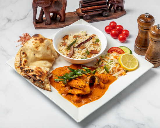 1600875594kerala_crab_prawn_curry_meal_550x440.jpg